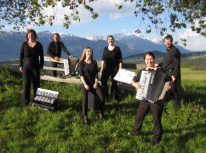 Das Ensemble in den Alpen nahe Innsbruck